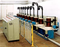 Wire drawing machine for fine wires